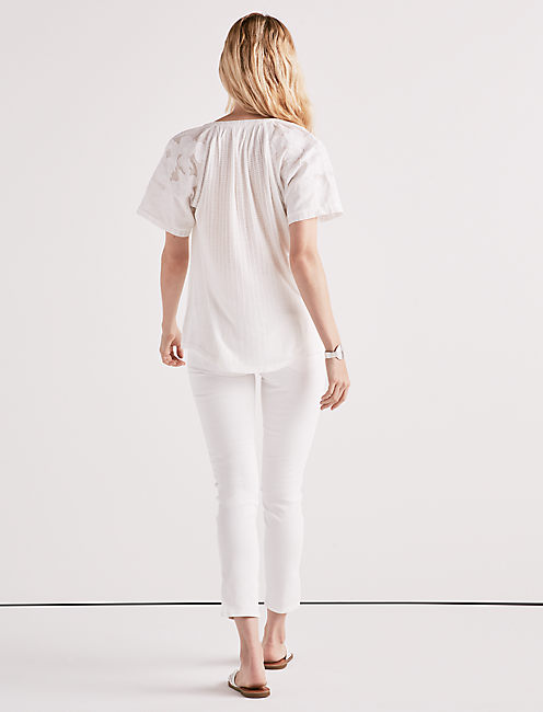 DROP NEEDLE CUTOUT TOP,