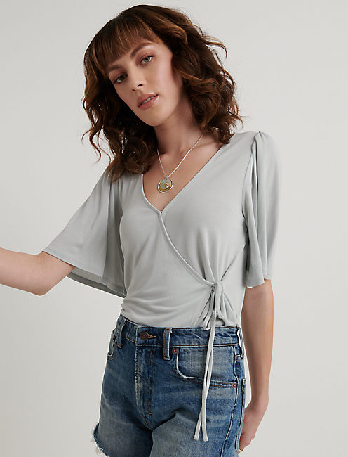 SOLID SAND WASH WRAP TOP, ICY BLUE