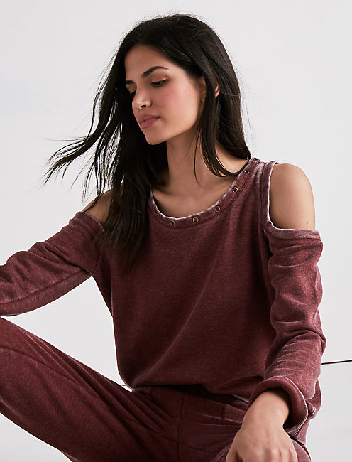 GROMMET DETAIL COLD SHOULDER SWEATSHIRT,