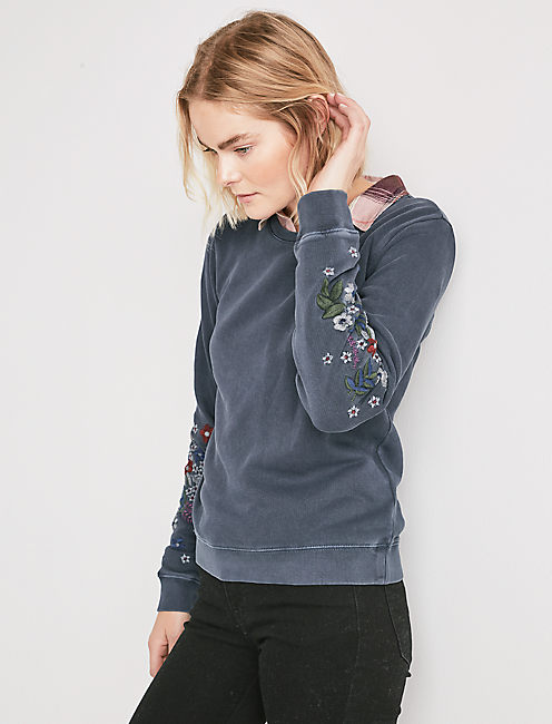 EMBROIDERED FLOWERS SWEATSHIRT,