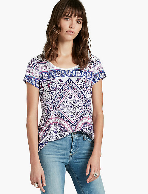 PLACED RUGS TEE,