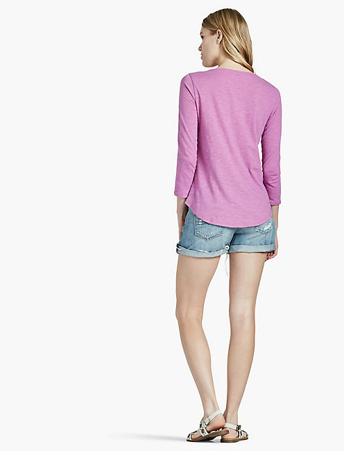 EMBROIDERED 3/4 SLEEVE TOP,