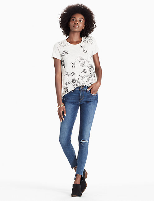 ANTIQUE FLORAL TEE,