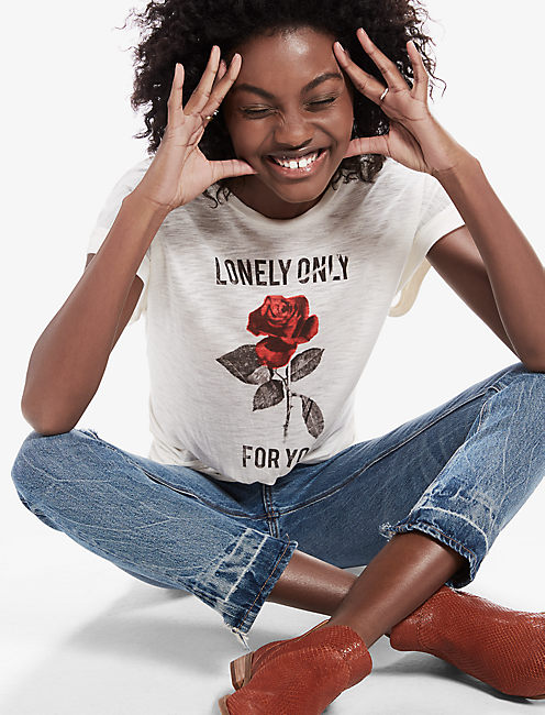 LONELY ROSE TEE,