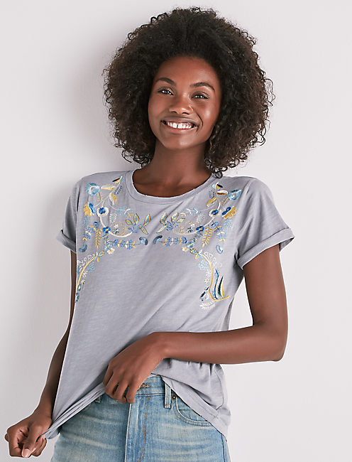 EMBROIDERED LEAVES SHORT SLEEVE TEE, #458 BLUE