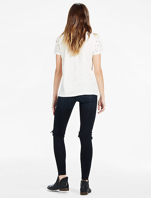 EMBROIDERED SEQUIN TEE,