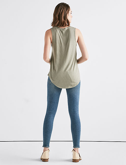 SCOOP NECK TANK,