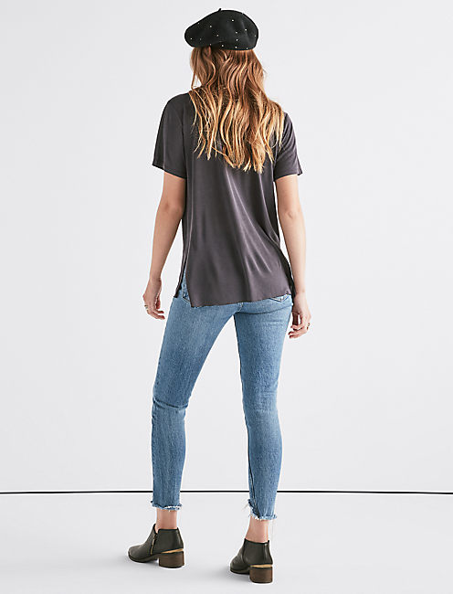 SANDWASH SCOOP NECK TEE.,