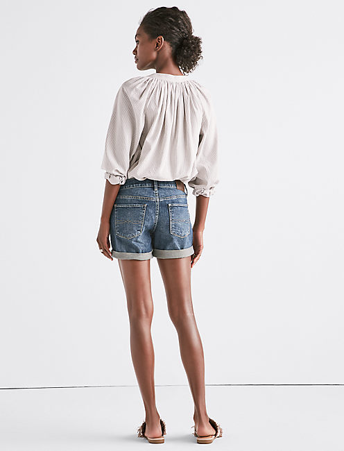 THE ROLL UP JEAN SHORT IN TIMBER LAKES,