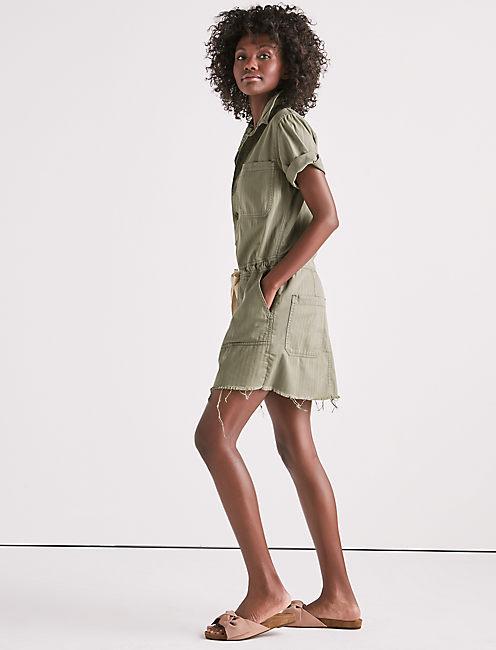 DRAWSTRING DRESS IN SAGE FRAY,