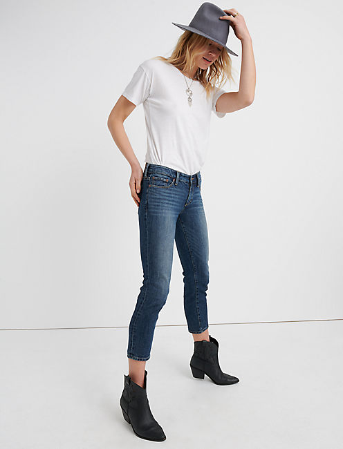 Lucky Sweet Mid Rise Crop Jean In Timber Lakes
