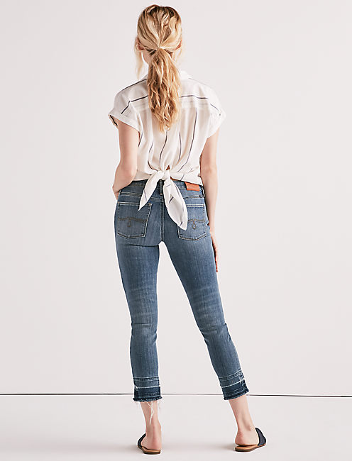 LOLITA MID RISE CROP JEAN WITH SLIT,