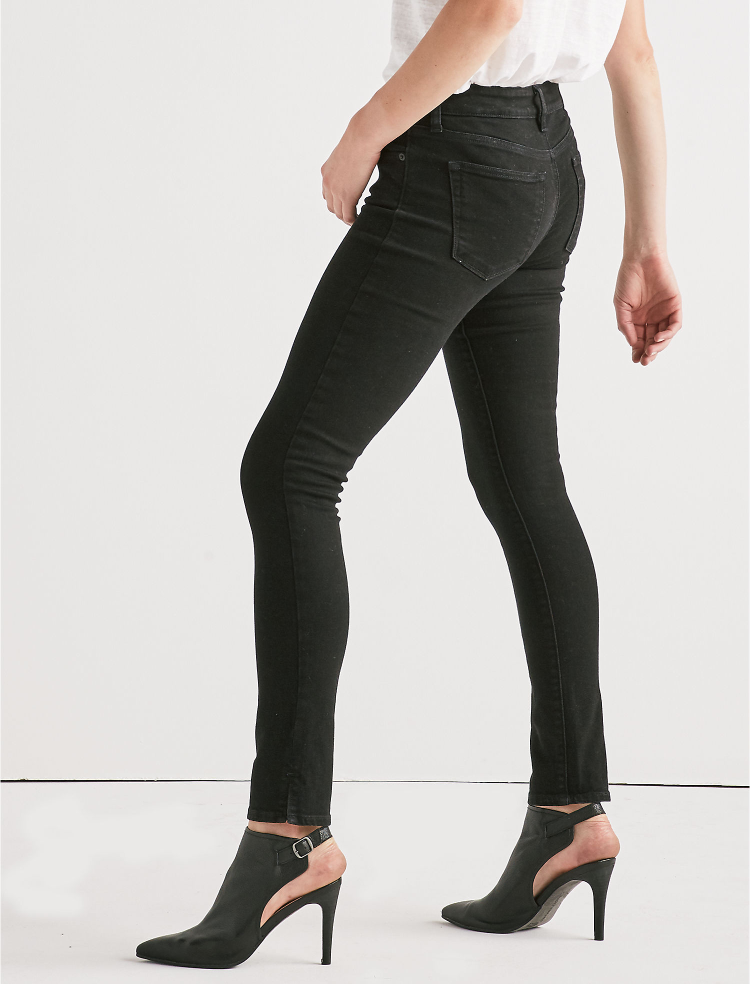Lolita Mid Rise Skinny Jean With Vent | Tuggl