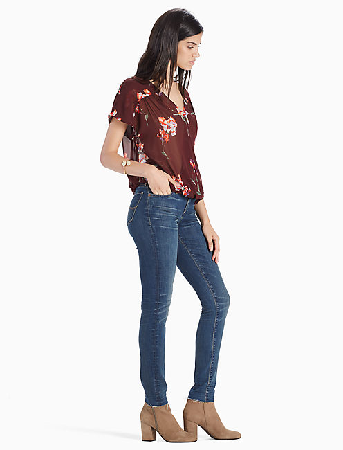 EXPLODED FLORAL WRAP DROP SHOULDER TOP, RED MULTI