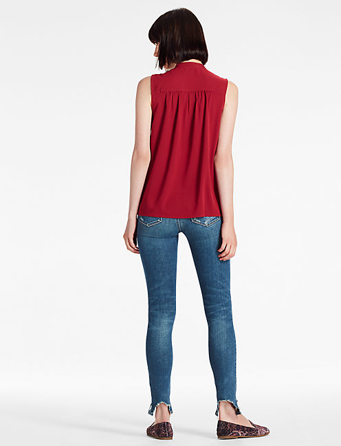 TIE NECK SHELL, RUMBA RED