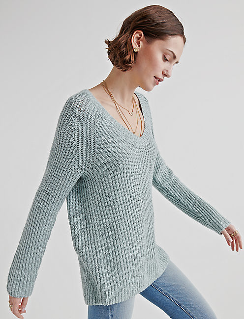 V NECK TUNIC SWEATER, SILVER BLUE