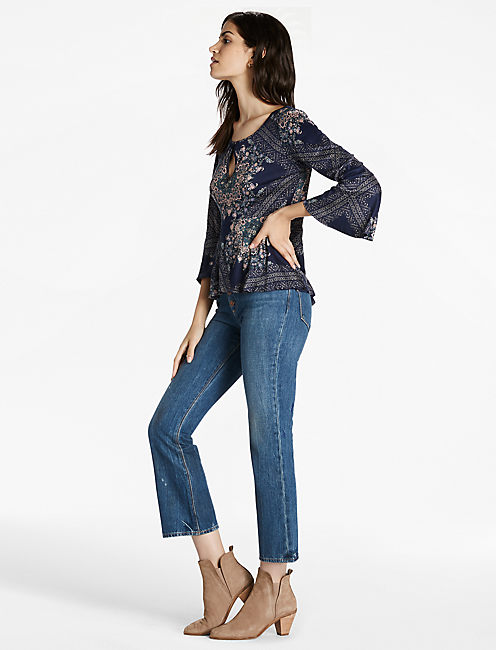 PRINTED BELL SLEEVE TOP,