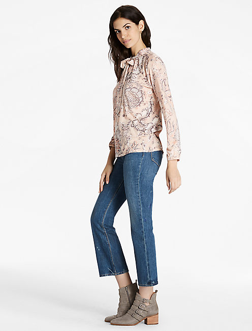 Printed Tie Neck Knit Blouse,