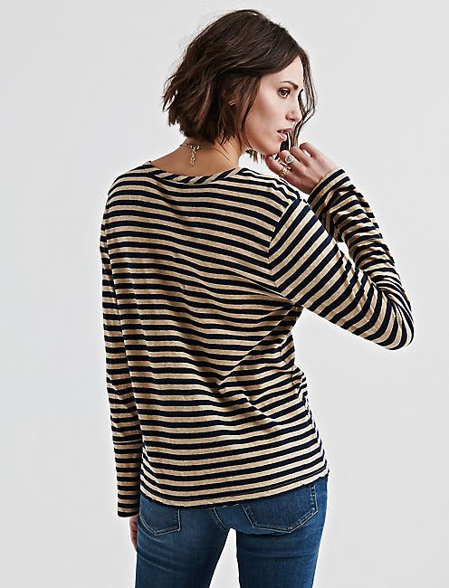 STRIPE BELL SLEEVE BUTTON UP,