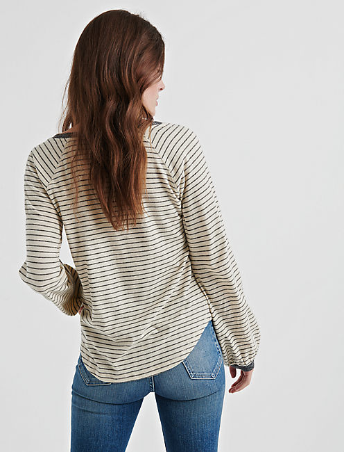 PUFF SLEEVE PULLOVER,