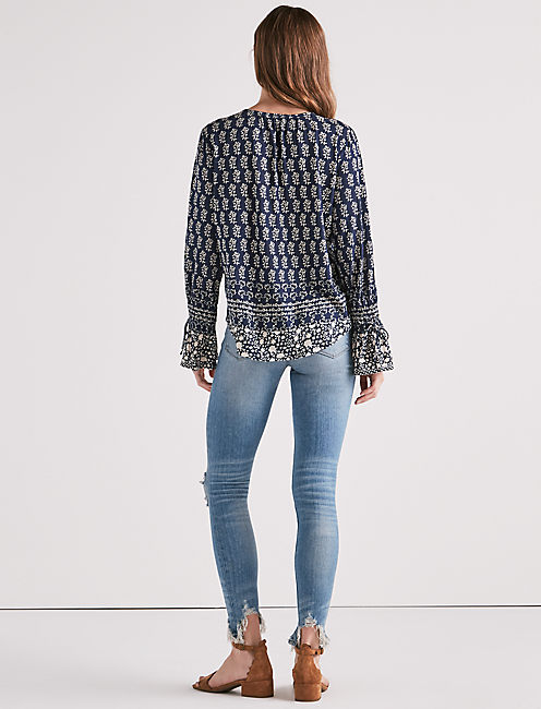 LONG SLEEVE PRINTED TOP,