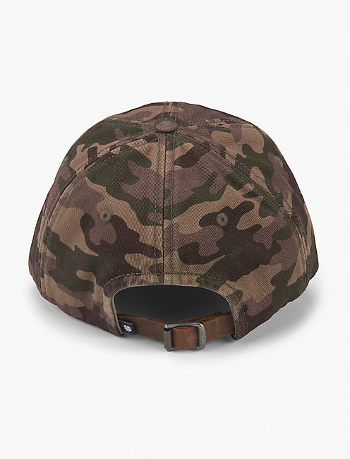 TAG ON CAMO BASEBALL HAT,