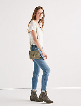 VEGAN LEATHER SMALL ENVELOPE CROSSBODY BAG