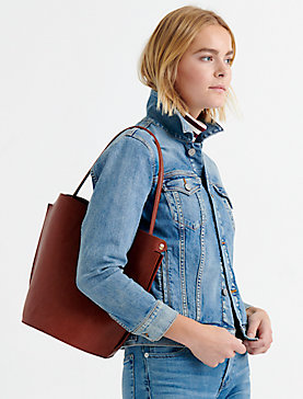 STRUCTURED SHOULDER BAG WITH BUCKLE