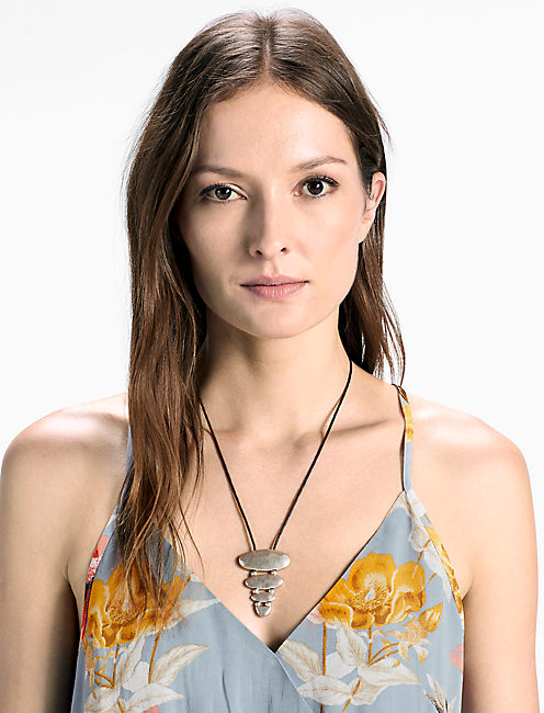 TIERED LEATHER NECKLACE,