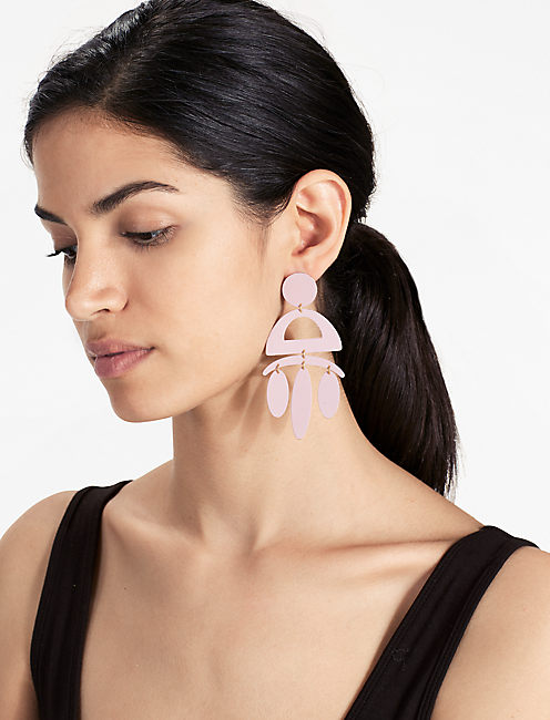 PAINTED BLUSH EARRING,