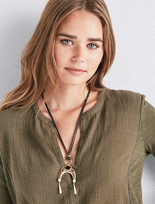 Lucky Tortoise Leather Necklace