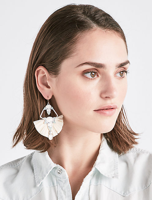RAFFIA STATEMENT EARRING,