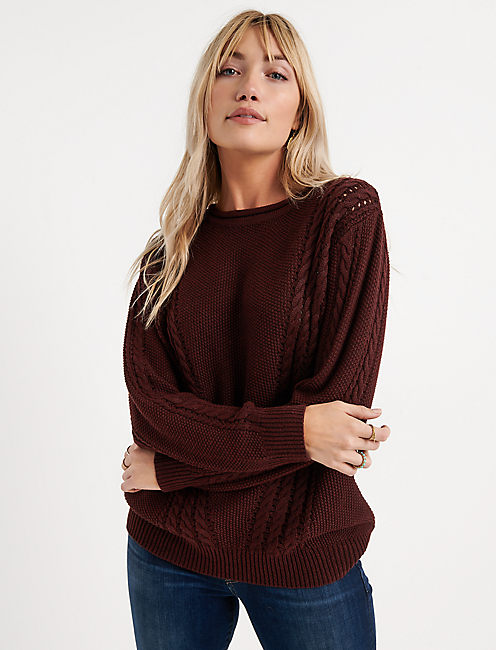 V CABLE KNIT SWEATER,