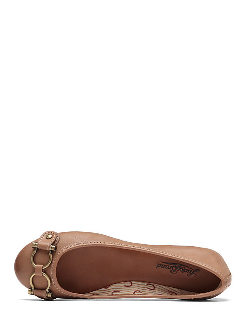 FREEDA FLATS, OPEN BROWN/RUST
