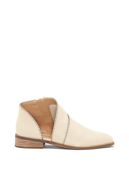 PRUCELLA BOOTIE,