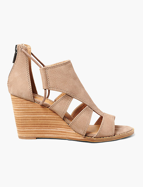 Lucky Joellen Wedge