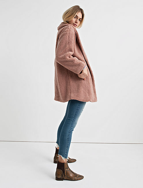 TEDDY COAT, BLUSH