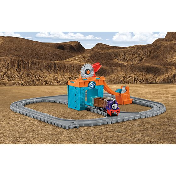 Thomas & Friends™ Thomas Adventures Charlie\'s Day at the Quarry