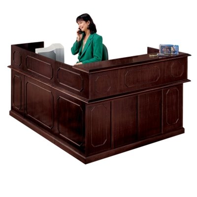 Traditional Reception L-Desk with Right Return