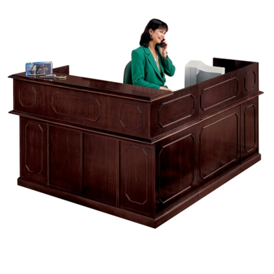 Traditional Reception L-Desk with Left Return