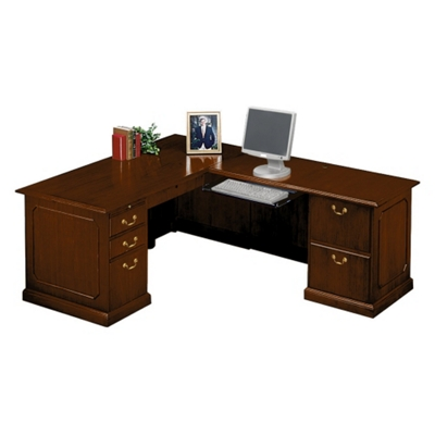 Traditional L-Desk with Right Return