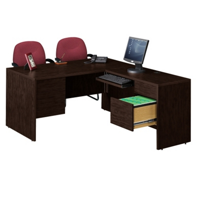 Compact L-Desk with Right Return