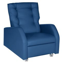 Hannah Bariatric Patient Recliner with Pillow Back in Vinyl