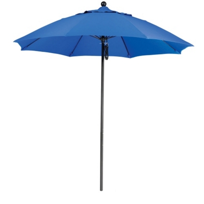 9' Umbrella with Fiberglass Pole and Pulley Lift
