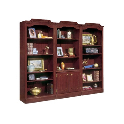 Traditional Bookcase Wall