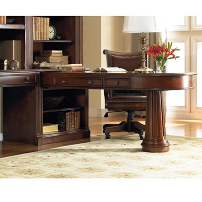 "European Peninsula Desk - 81""W"
