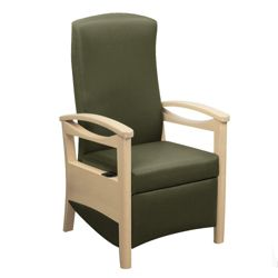 Patient Recliner in Vinyl