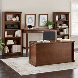 Statesman Executive Office Suite