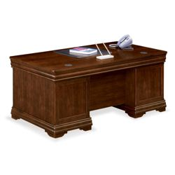 "Pont Lafayette Executive Desk - 72""W"