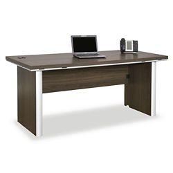 Metropolitan Executive Desk